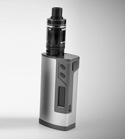 première e-cigarette